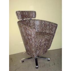 Крісло Перукарське Кр020