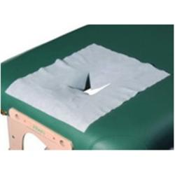 Набор одноразовых салфеток с вырезом для лица на массажный стол