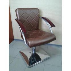 Кресло парикмахерское Кр015